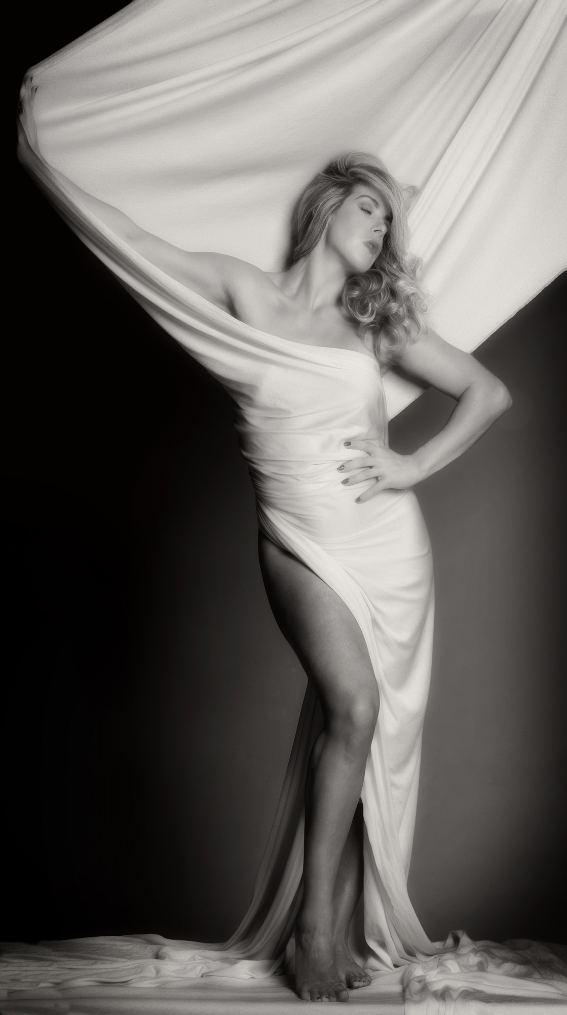 Image of Black and White, Fine Art, Glamour, Boudoir, Glamour Photography